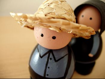 Wooden_Dolls_1024x768.jpg